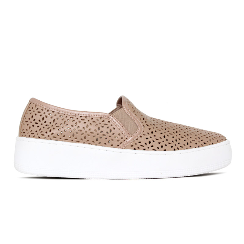NEW SLIP ON CONVEXO LASERCUT LEATHER NUDE