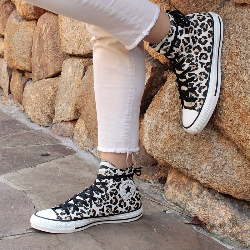 ALL STAR CHUCK TAYLOR HI ANIMAL PRINT