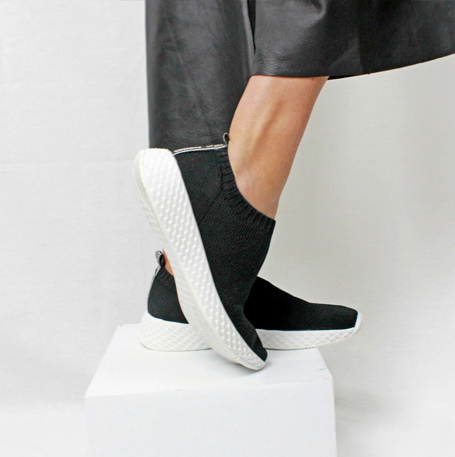 SLIP ON SOLA ESCAMA - KNIT PRETO