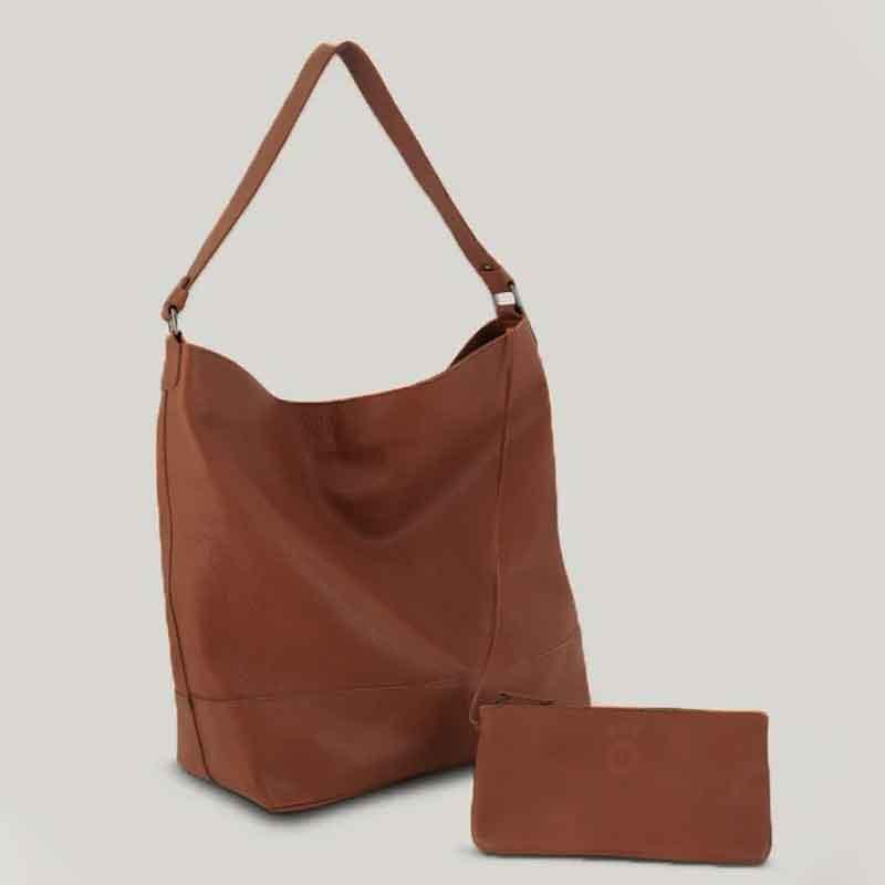 Bolsa saco com porta docs camel 1