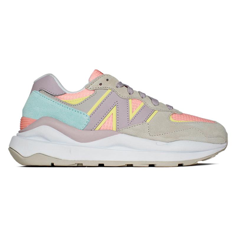 New balance 574 cinza light colors 4