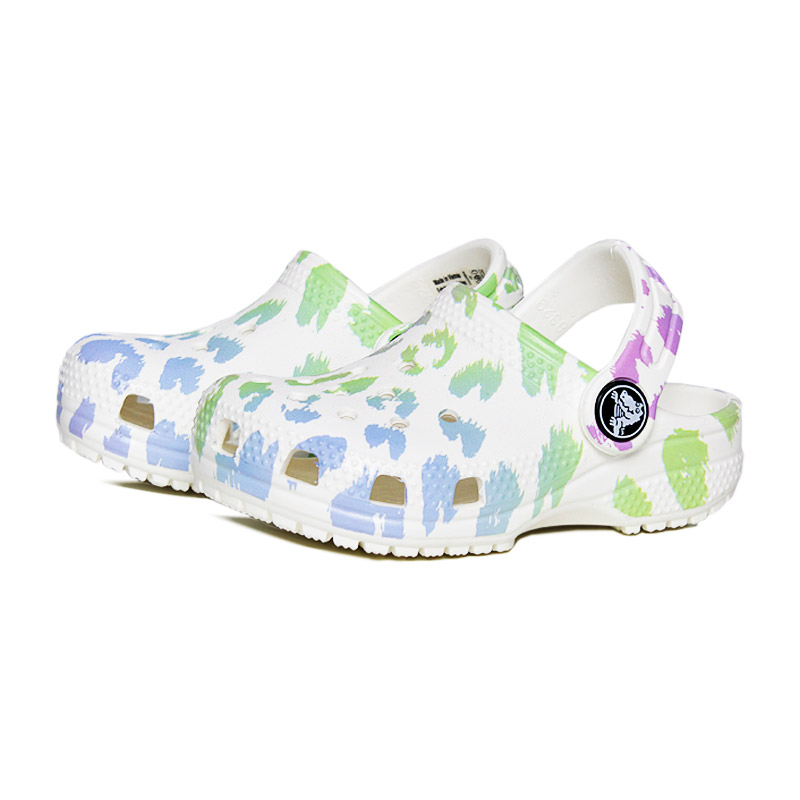 Crocs classic out of this world white leopard 1